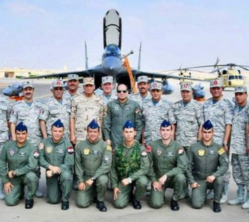 Egyptian President Inspects Future Military Air Base